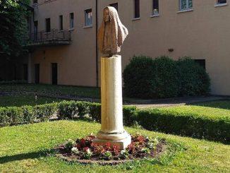 Brescia, 37 contagi in due Rsa
