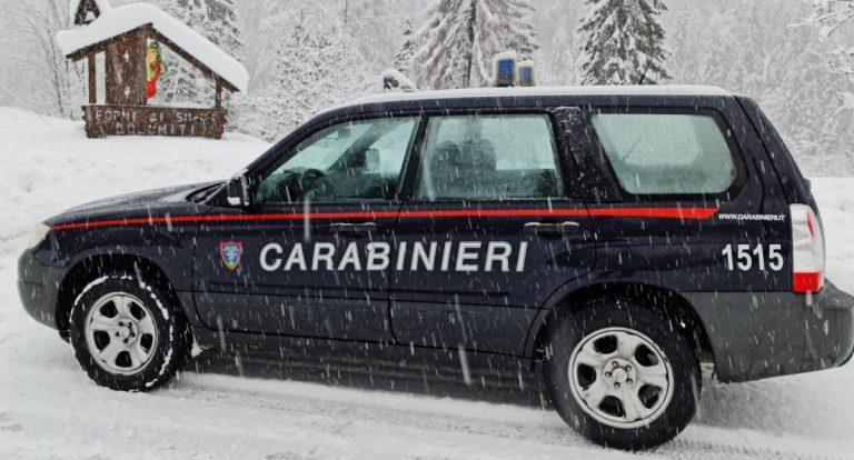 Disabile bloccato nella neve, salvato dai Carabinieri
