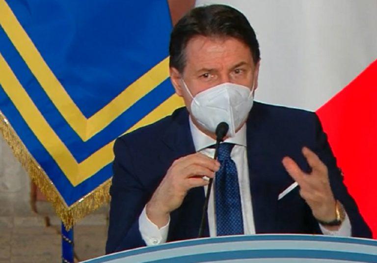 Conferenza stampa fine anno Conte