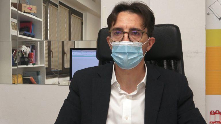 Coronavirus, caccia al test antigenico: è corsa al tampone in vista del Natale