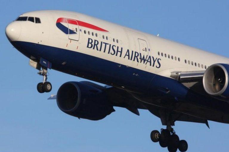 Hostess British Airways prostituisce