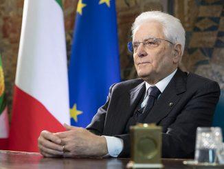 Covid, il presidente Mattarella farà il vaccino appena sarà possibile