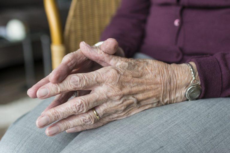 Nonna Léa sconfigge il Coronavirus a 105 anni