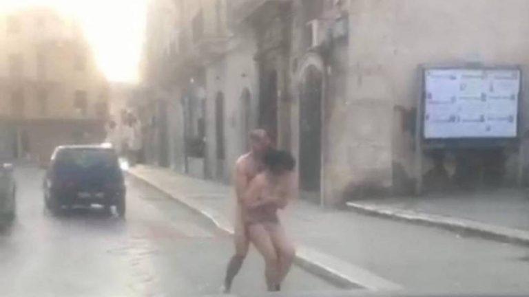 nudi in strada a natale 1 768x432