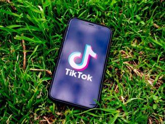 Blackout challenge su TitTok, grave una bambina a Palermo
