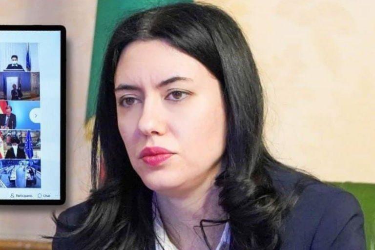 Crisi di governo rimpasto Azzolina