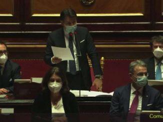 Governo, Conte chiede la fiducia in Senato dopo la replica