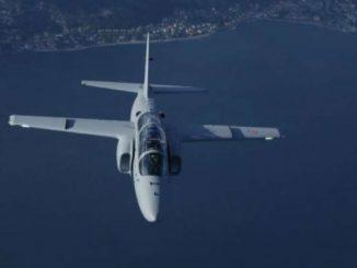 I segreti dell'M-345 spiegati dal test pilot Quirino Bucci