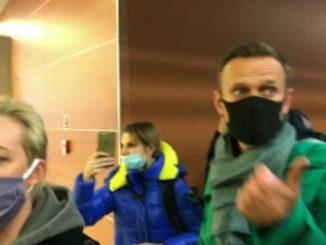 Stretta russa alla vigilia delle proteste annunciate da Navalny