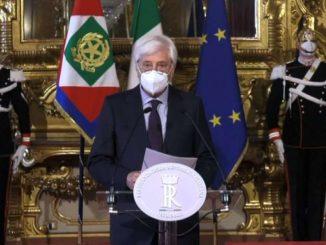 Quirinale: Conte ha rassegnato dimissioni, consultazioni domani
