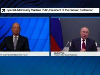 Secondo Putin i social tentano di sostituirsi ai governi