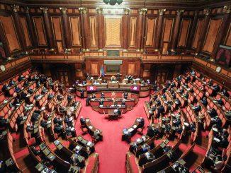 Crisi di governo, incerta la maggioranza al Senato: l'Udc si sfila