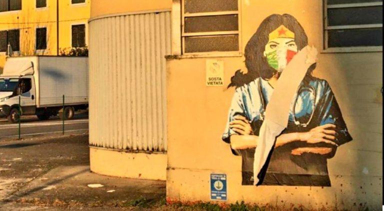 Murale sfregiato a Codogno