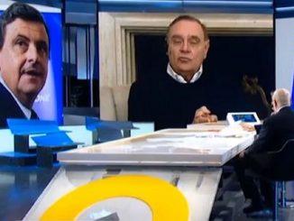 scontro Mastella Calenda