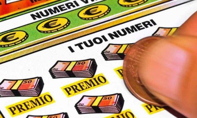 vince due milioni di euro al gratta e vinci
