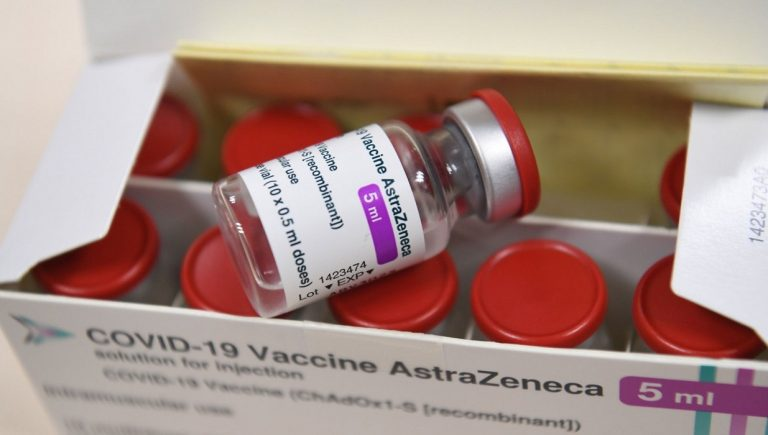 Vaccini, Astrazeneca fa esposto a Nas contro forniture illecite