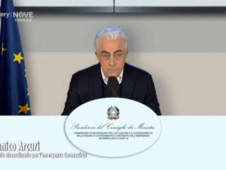 Crozza imita il commissario straordinario Domenico Arcuri