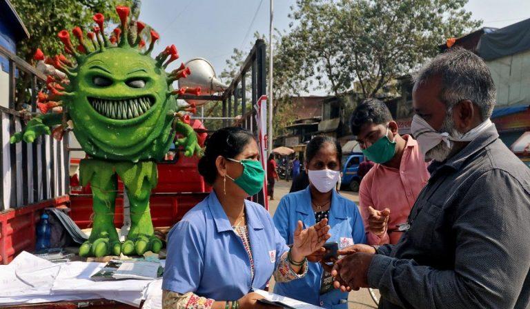 Covid, India: crollo contagi e morti, nessuna vaccinazione di massa