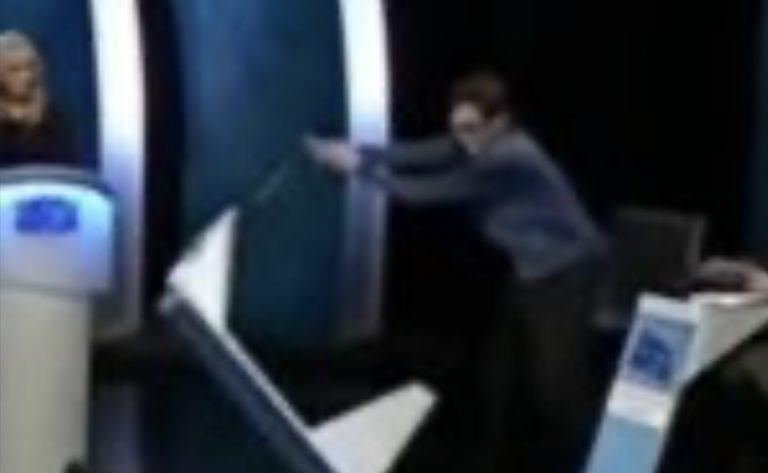 islanda concorrente quiz tv distrugge studio dopo la sconfitta