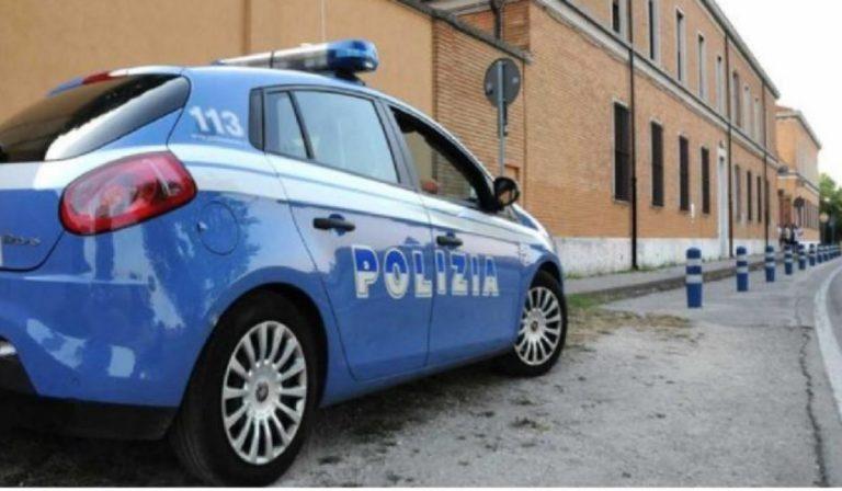 Lecce donna uccisa per strada