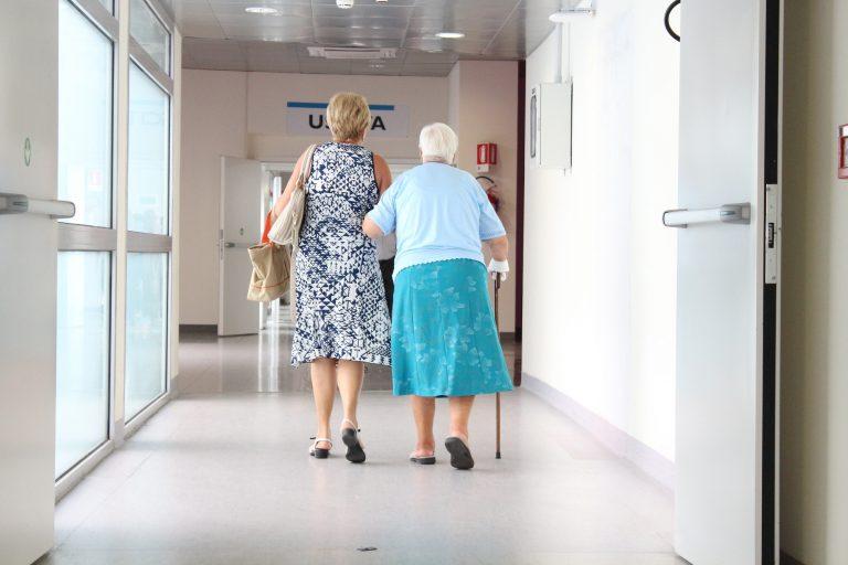 malati di alzheimer non devono pagare retta rsa