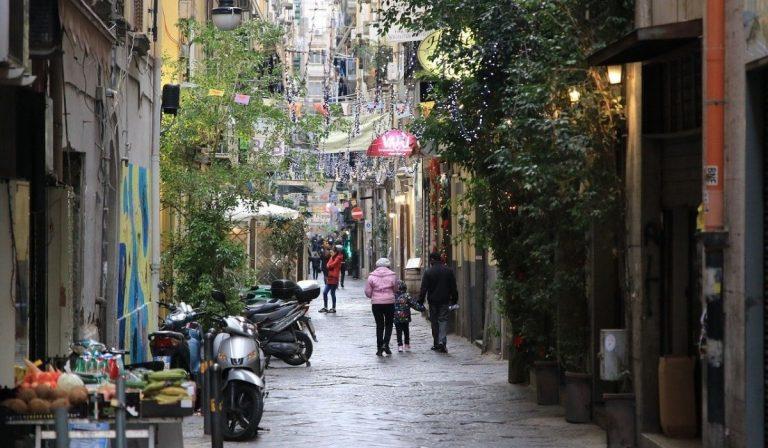 Napoli piano anti-assembramenti