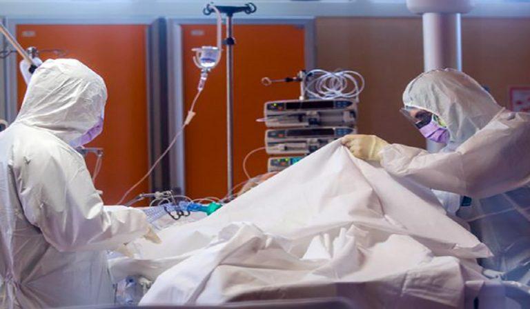 Coronavirus medico positivo opera ugualmente: indagato