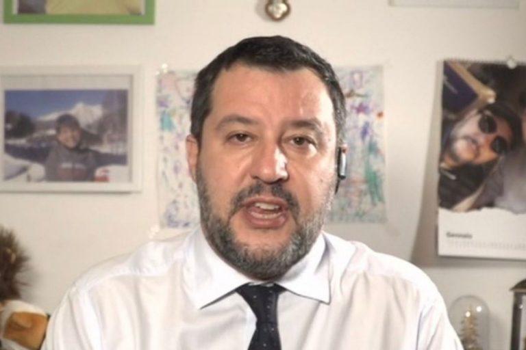 Salvini assembramenti non rompete le scatole