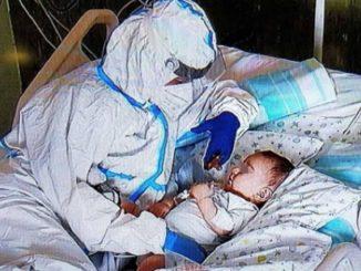 Ancona infermiera bambino
