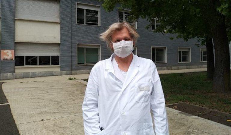 """Covid, primario di Cremona: """"Vaccino importante, il virus uccide"""""""