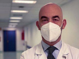 """Bassetti furioso contro i medici no vax: """"Violano il giuramento"""""""