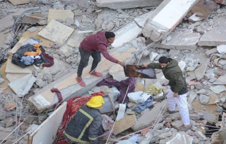 Crolla palazzo al Cairo
