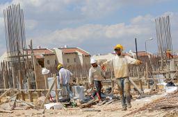 In Italia 340.000 minori al lavoro, pandemia aggrava fenomeno