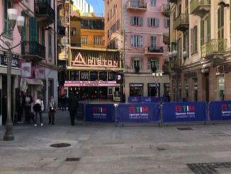 Sanremo 2021, strade e bar vuoti: è il festival dell'era Covid-19