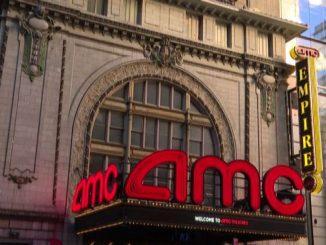 Usa, riaprono i cinema a New York un anno dopo la chiusura