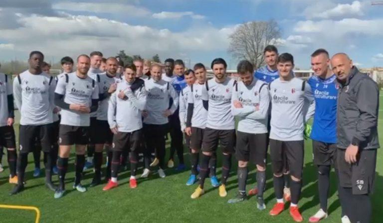 Gianni Morandi torna sui social