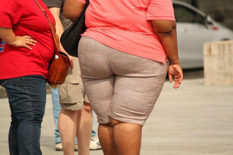 obesi tolti madre