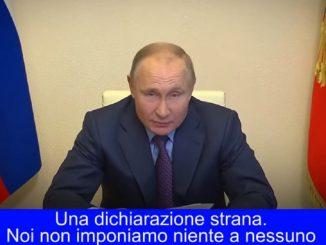 """Putin si è vaccinato e ora attacca le """"lobby Ue"""""""