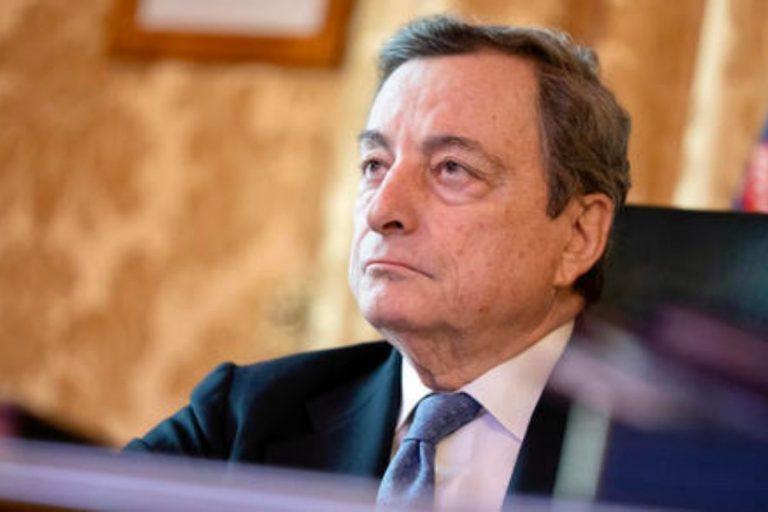 Astrazeneca Draghi e von der Leyen