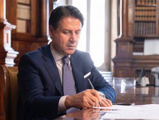 'Gli affari segreti di Conte': la replica dell'ex premier