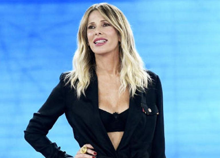 Asseente nella prossima puntata de Le Iene la conduttrice Alessia Marcuzzi: il marito ha il Covid