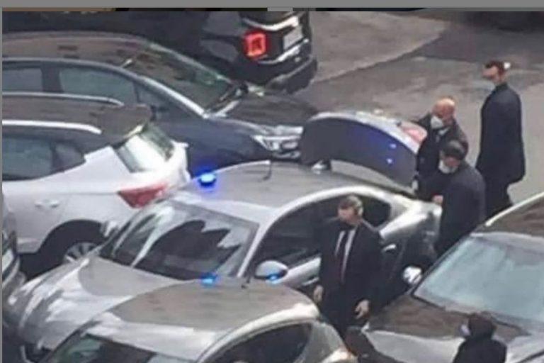 Draghi tampona auto Roma
