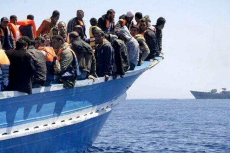 Migranti sbarchi triplicati 2021
