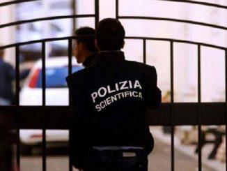 Immagine della Polizia Scientifica in azione
