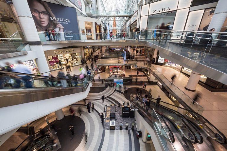 Slitta la riapertura dei centri commerciali nei weekend prevista per il 15 maggio