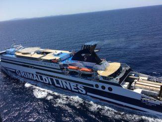 cruise ausonia in navigazione verso civitavecchia 1