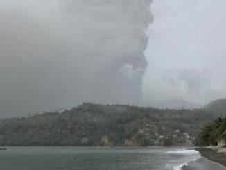 Eruzione esplosiva vulcano La Soufrière