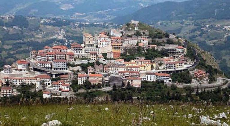 Palomonte, il sindaco mette il comune in lockdown fino al 30 aprile