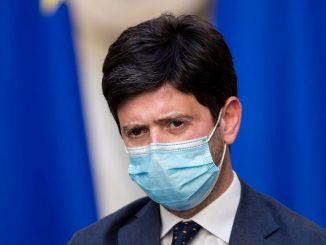 La decisione di Speranza, la Campania resta zona rossa