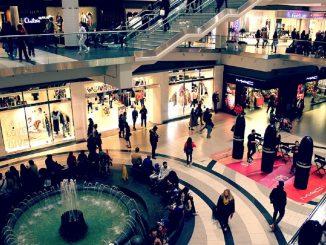 Riaperture, centri commerciali aperti nei weekend e palestre aperte da lunedì 24 maggio